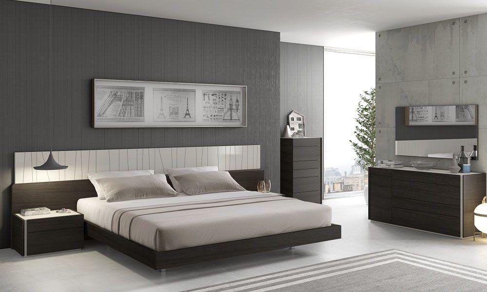 Graceful Wood Elite Design Furniture Set With Long Panels
