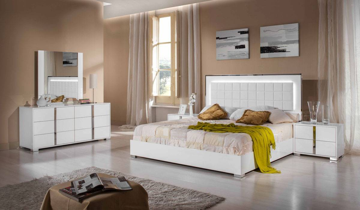 Made in Italy Wood High End Bedroom Furniture feat Light