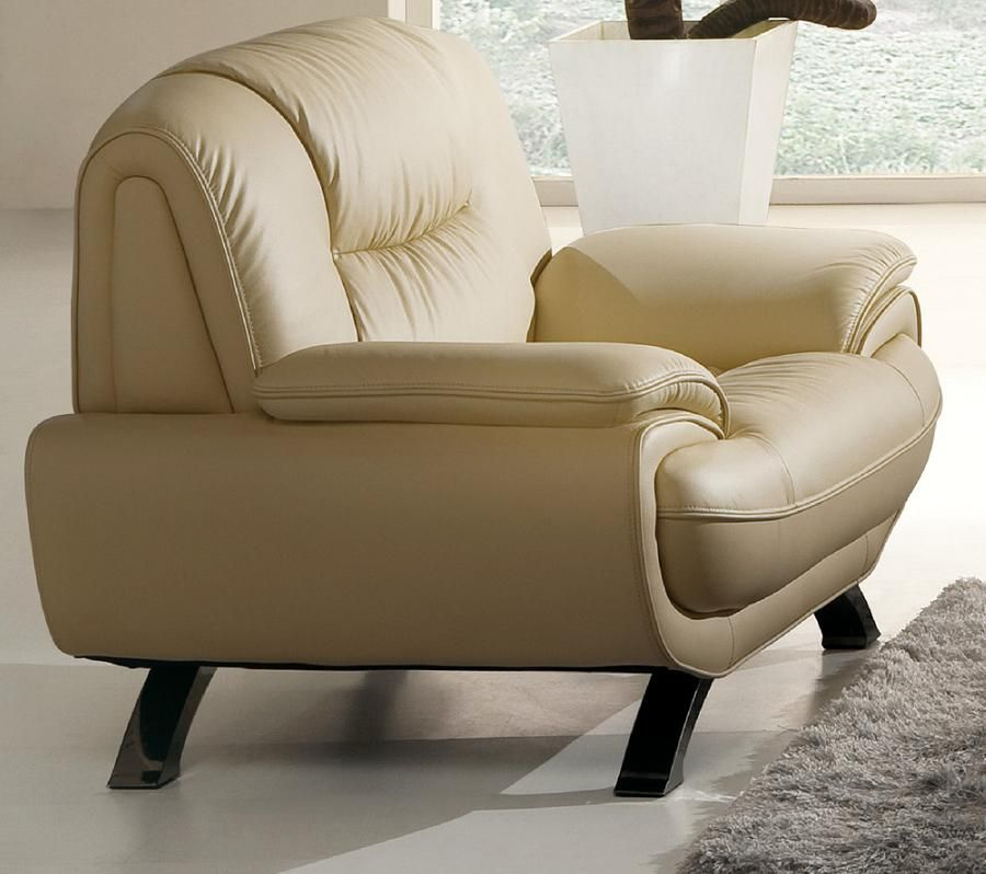 Stylish Living Room Chair with Decorative Stitching Prime