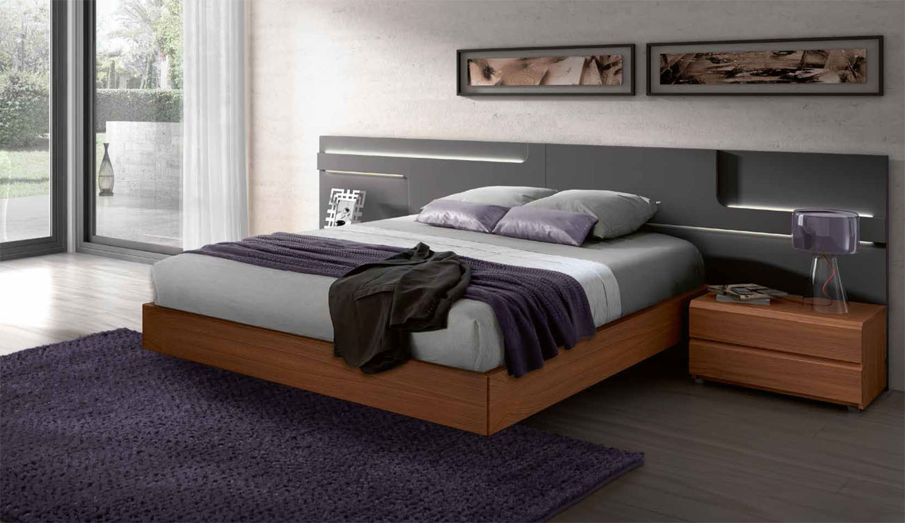Lacquered Made In Spain Wood High End Platform Bed With Lights San Antonio Texas Gc504