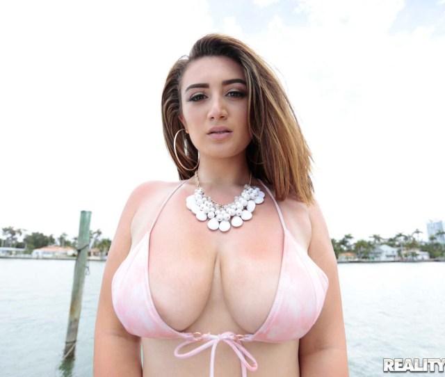 Britt James Big Bouncy Tits 1