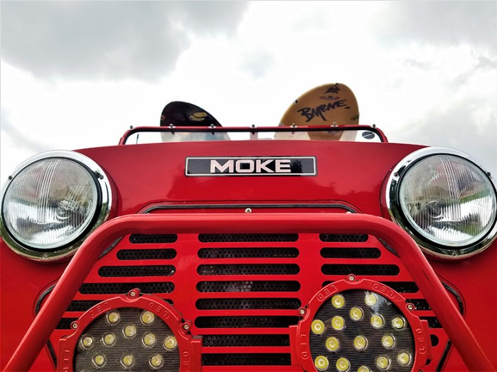 lights and grill on a moke golf car