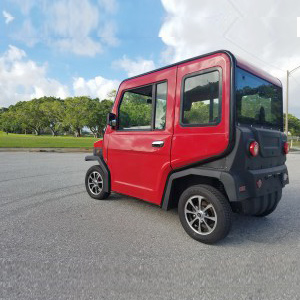 revolution golf car in red