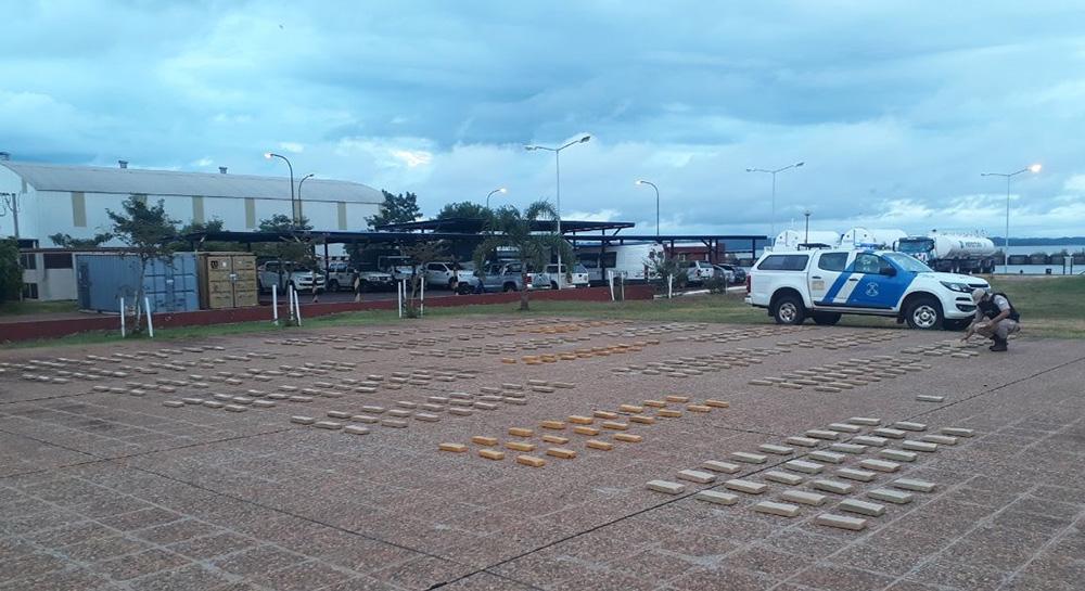Prefectura - secuestro de marihuana en Misiones y Corrientes