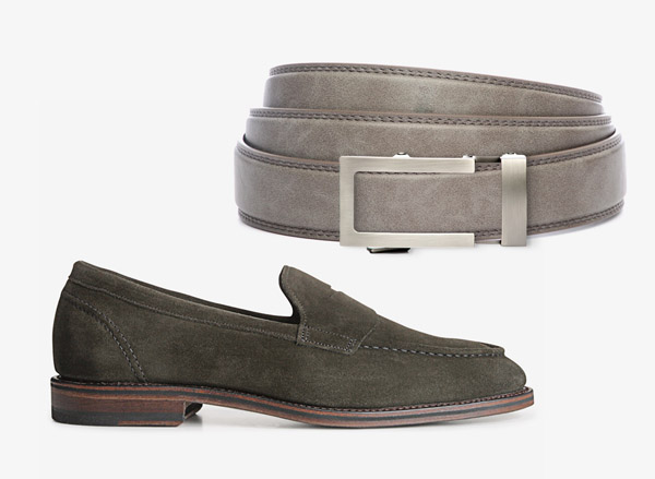belt and shoes different color