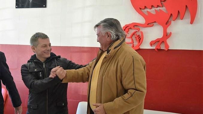 Pablo Sauro y Alberto Meyer durante el traspaso de mando