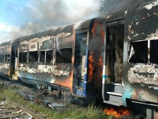 Incendiaron un tren