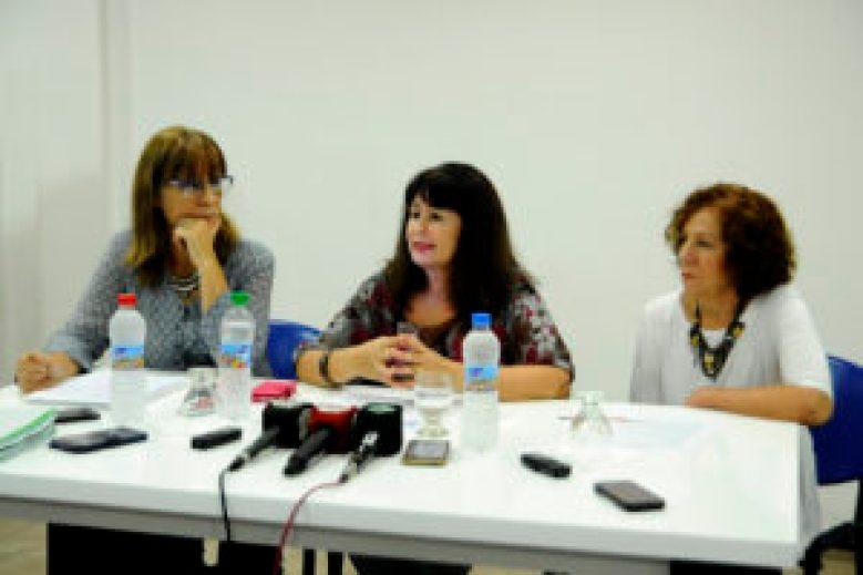 En conferencia de prensa: las autoridades del Colegio de Farmacéuticos de Morón, Hurlingham e Ituzaingó apela a todas las versiones de comunicación posibles que les permita visibilizar el crítico momento que atraviesa el sector.