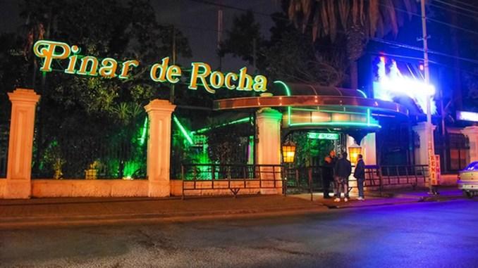 35a3bd12580a Violenta noche en Ramos Mejía: un hombre baleó la puerta del boliche ...