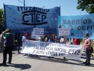 Marcha al Carrefour de Ituzaingó