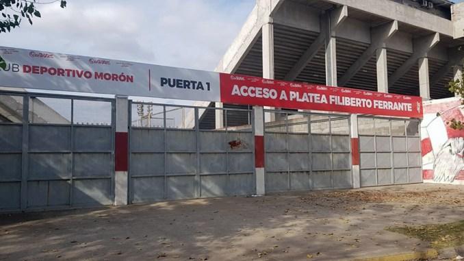 Puertas del Deportivo Morón