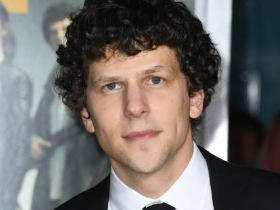 Jesse Eisenberg Biography