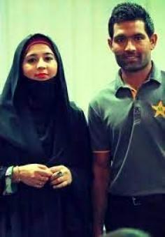 Asad Shafiq With His Wife
