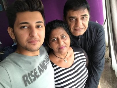 Darshan Raval With His Father And Mother