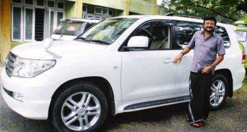 Jayaram With His Car