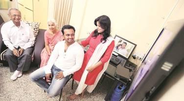 Kedar JadhavWith His Family