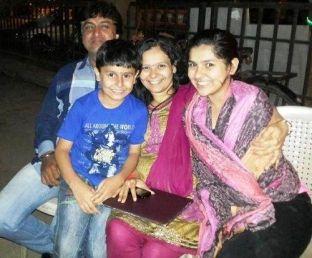 Nidhi Bhanushali With Her Family