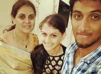 Prasidh Krishna With His Mother And Sister