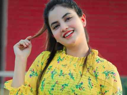 Priyanka Mongia Biography, Height, Weight, Age, Instagram, Boyfriend, Family, Affairs, Salary, Net Worth, Facts & More