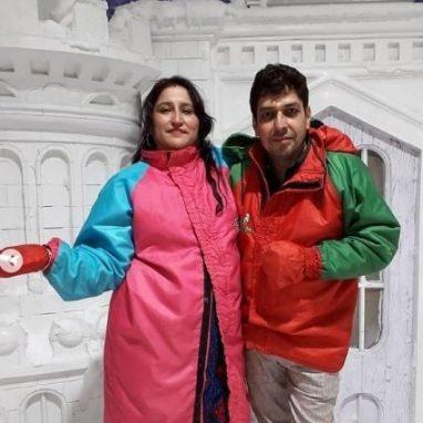 Riya Kishanchandani With Father And Mother