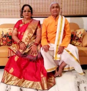 Malavika Avinash Her Mother And Father