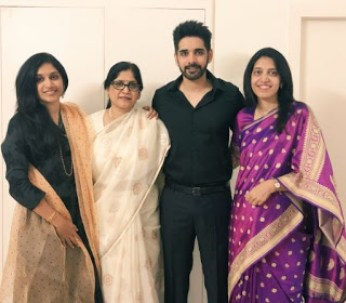 Sushanth With His Sister