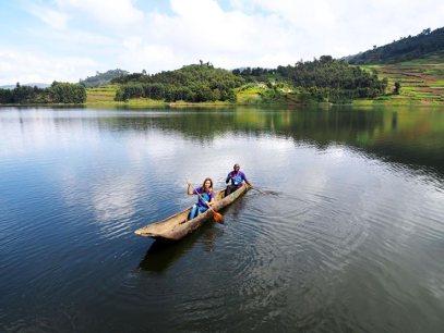 Canoing on Lake Bunyonyi