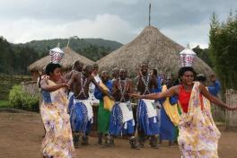 ibyiwacu-cultural-village-rwanda-safaris