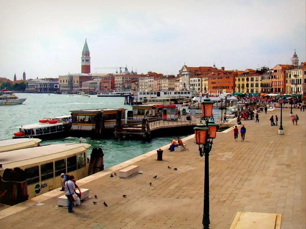 siena palona, Wenecja, panorama Wenecji, zwiedzanie Wenecji, prom do Wenecji