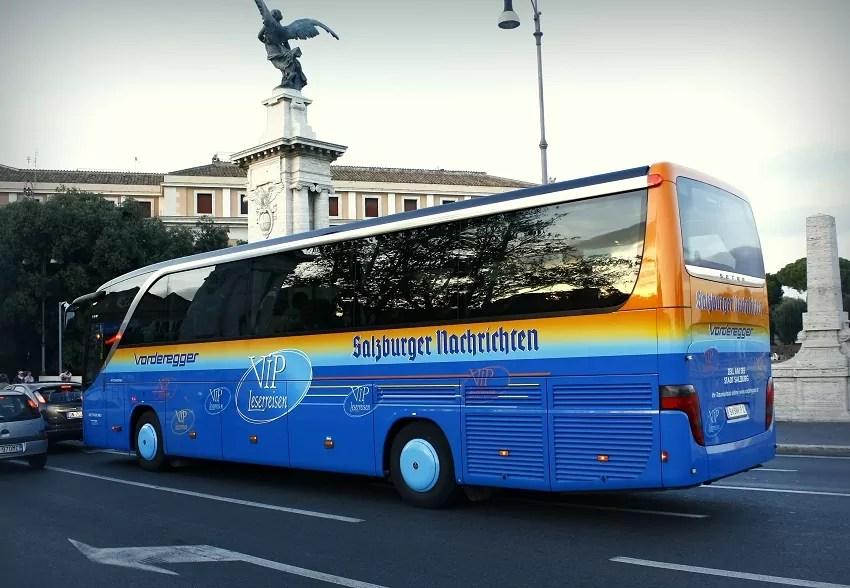 autokarem do Rzymu