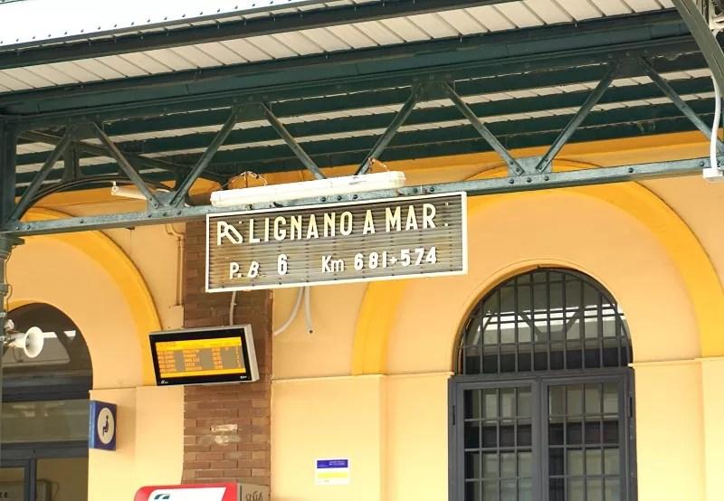 pociągiem po Apulii, Apulia, dworce kolejowe Bari, pociągi Apulia, jak zwiedzać Apulię, co trzeba wiedzieć o Apulii, polignano a mare, trenitalia