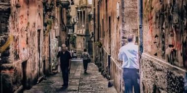 Neapol śladami Ferrante, Neapol