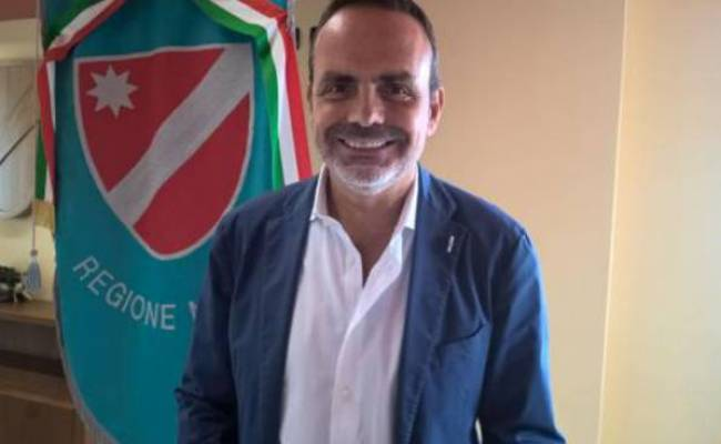 Villa Frattura Archiviata Posizione Ex Presidente Fatto