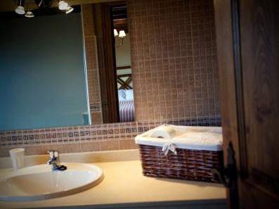 Detalle baño en la casa rural para 10 personas en Llanes