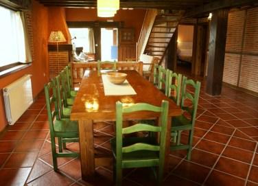 Amplio comedor de la casa para 10 personas en Boquerizo