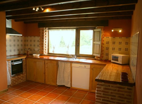 Open plan kitchen for 10 people in the holiday house in Boquerizo