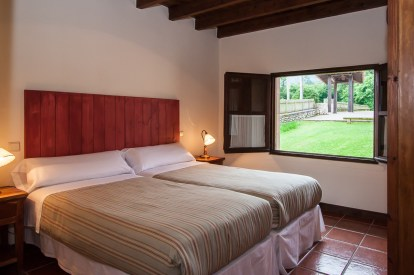 bedroom-holiday-house-llanes