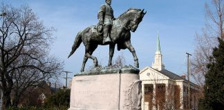 A photo of the Robert E. Lee statue in Charlottesville, Virginia.