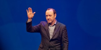 """Kevin Spacey"" by Paul Hudson liscensed under CC BY 2.0 (via Flickr)"