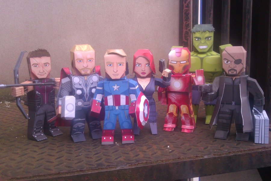 Marvels Avengers Paper Dolls  Printables 4 Mom