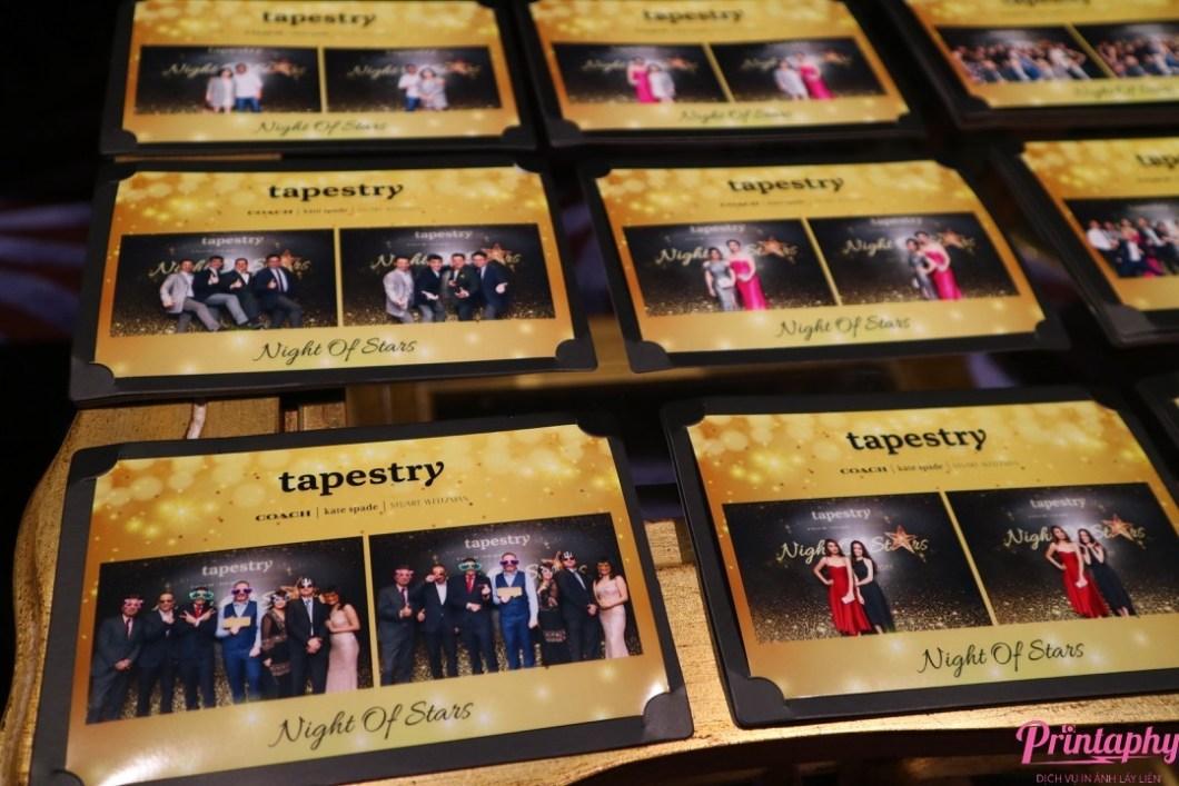 Tổ chức tiệc cuối năm, tổ chức tiệc tất niên với dịch vụ chụp ảnh Printaphy Photobooth