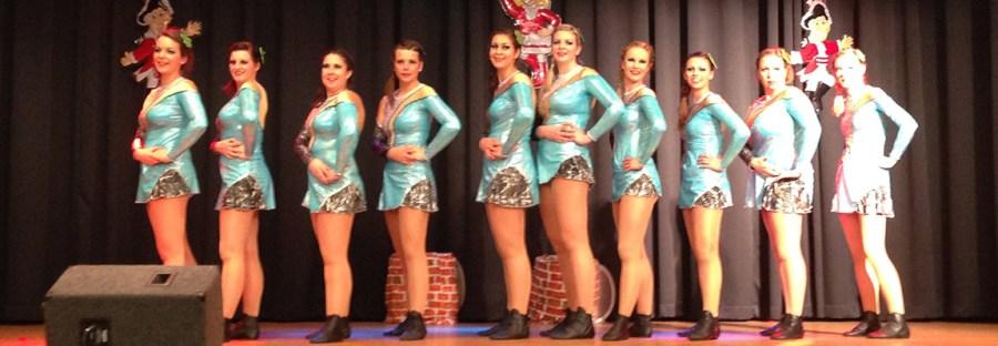 Der erste Sessions-Auftritt 2014/2015 der PG-Girls beim Gardetreffen des Festausschusses Mechernicher Karneval