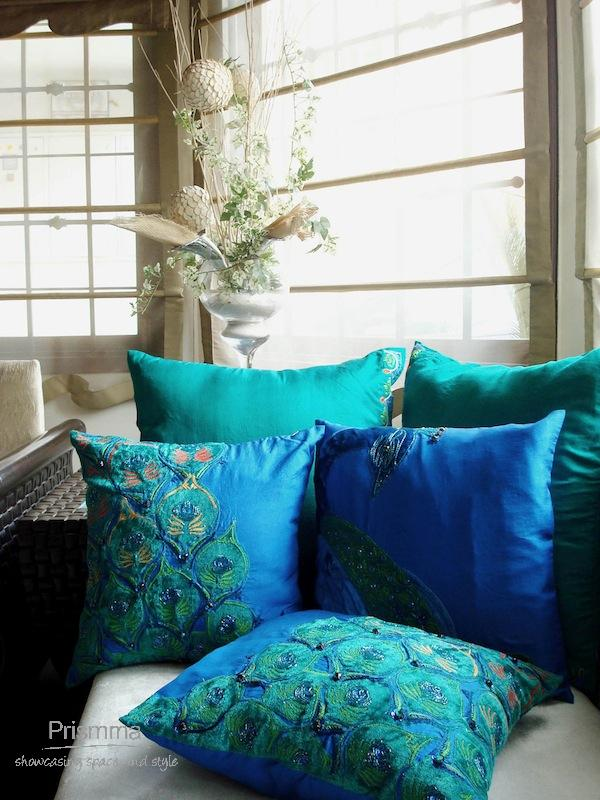 small living room interior design india contemporary artwork furnishings india: cushions and their use in home decor ...