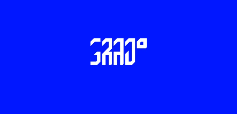 Grad é o nome dessa fonte gratuita criada pelo designer alemão Rick Lewik. Ela foi projetada pra ser usada em logos, posters e grande títulos, já que suas formas não funcionam em tamanhos reduzidos. Mas, você pode fazer o que quiser e o que bem entender com ela.