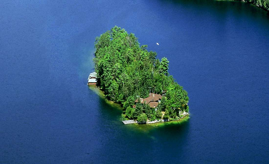 Half Crown Island  Quebec Canada  Private Islands for Sale