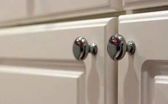 changer les portes de sa cuisine une