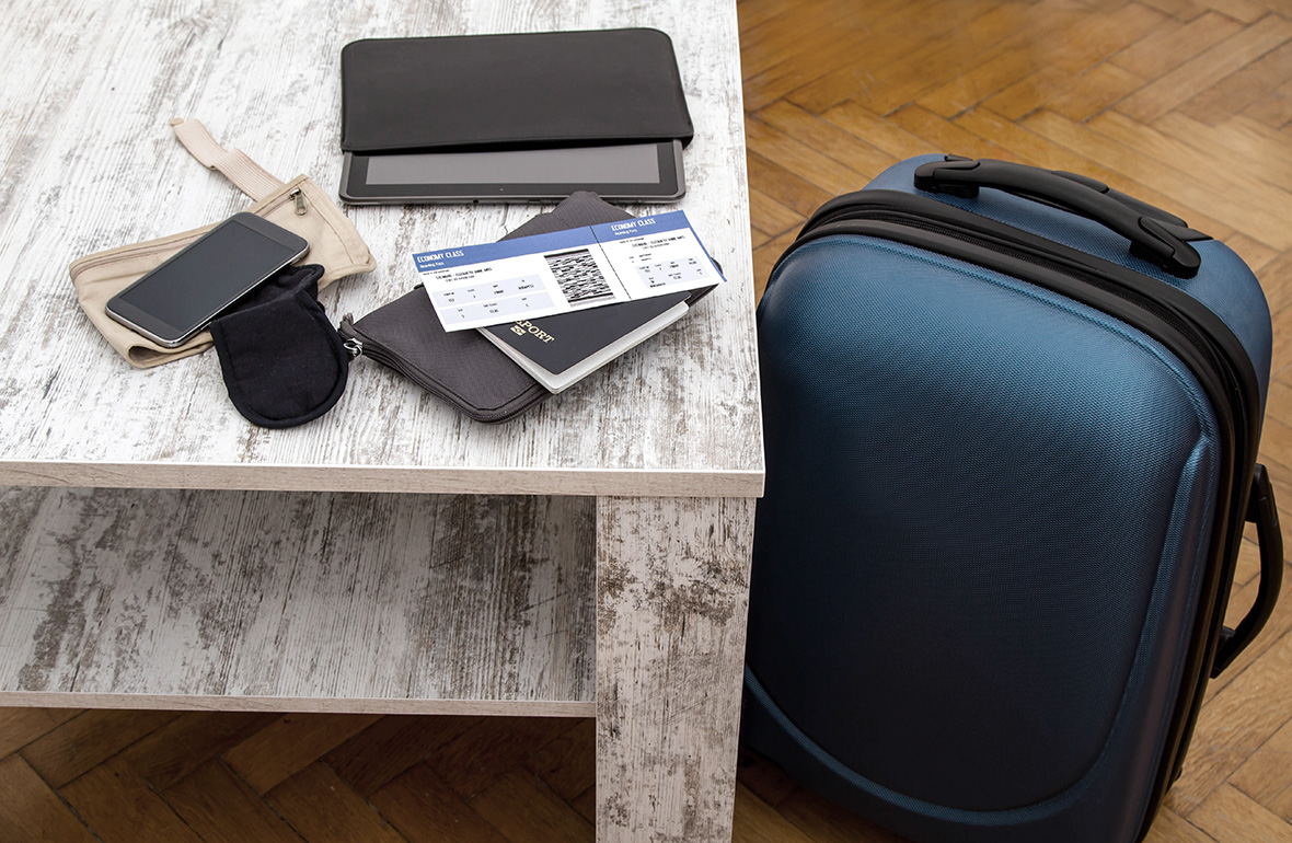 packing for long flights with kids and teens