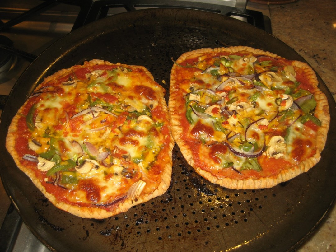 Homemade, Gourmet whole wheat Pizzas – get some!