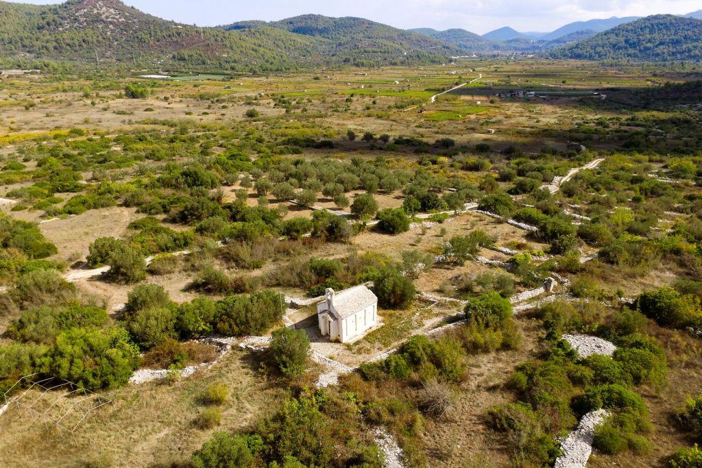 Crkva Svetog Kuzme I Damjana Blato