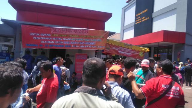Ilustrasi Suasana Sidang Tilang di Surabaya